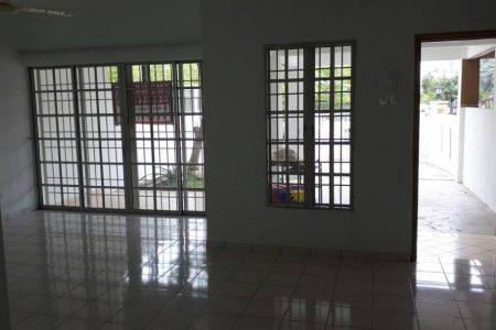 Bandar Kinrara BK5B Link House