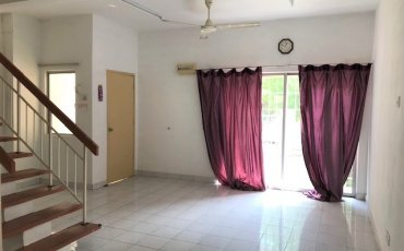 Bandar Kinrara BK5 – House for rent
