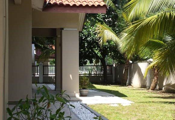 bungalow house to let mutiara damansara