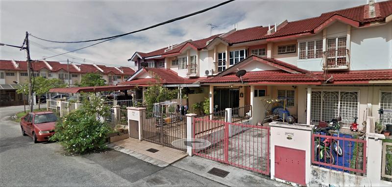 Puchong utama house for rent
